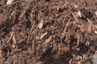 Bob 39 s lawn landscaping shakopee mn landscape mulch for Dark brown landscape rock